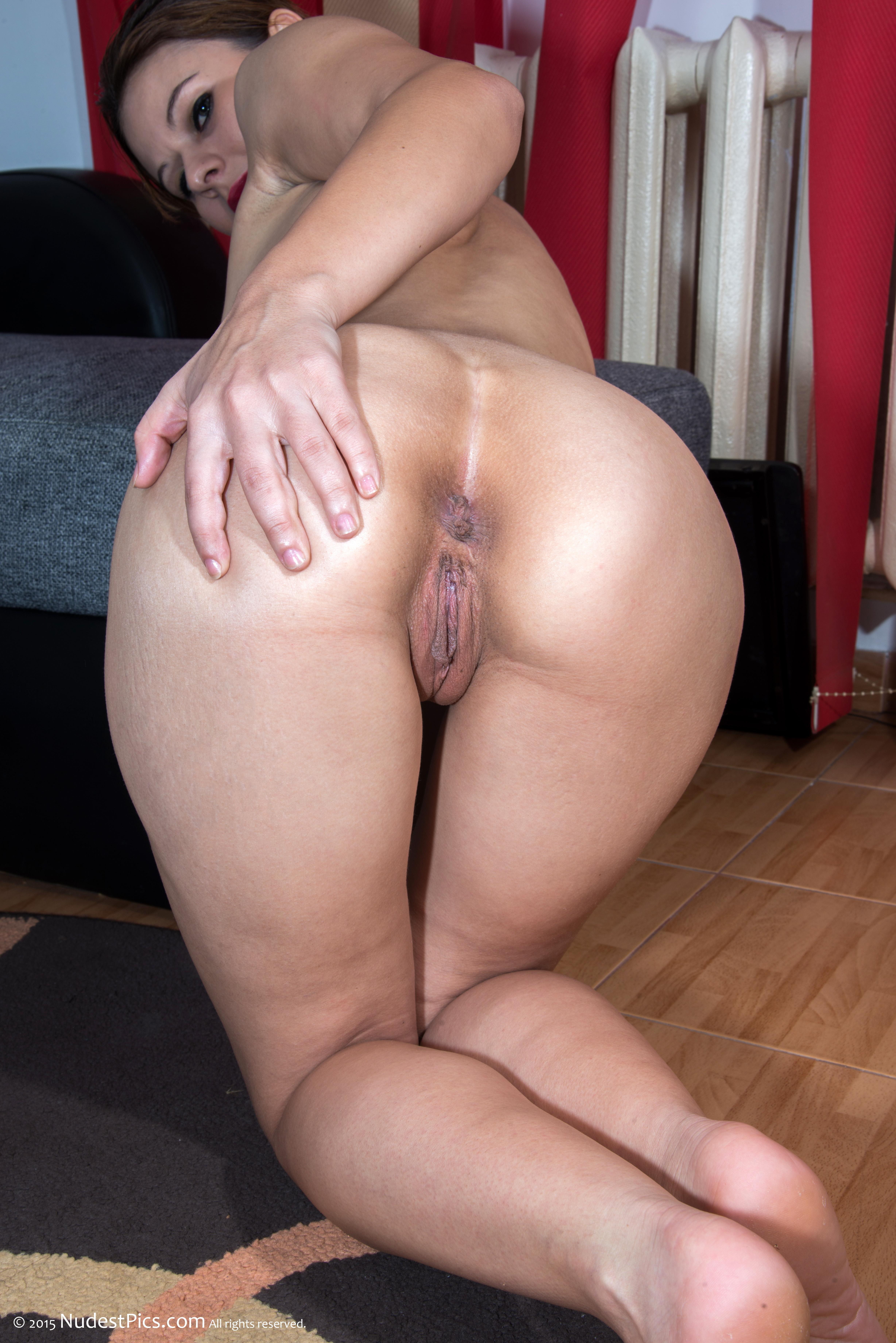 Nude bent over