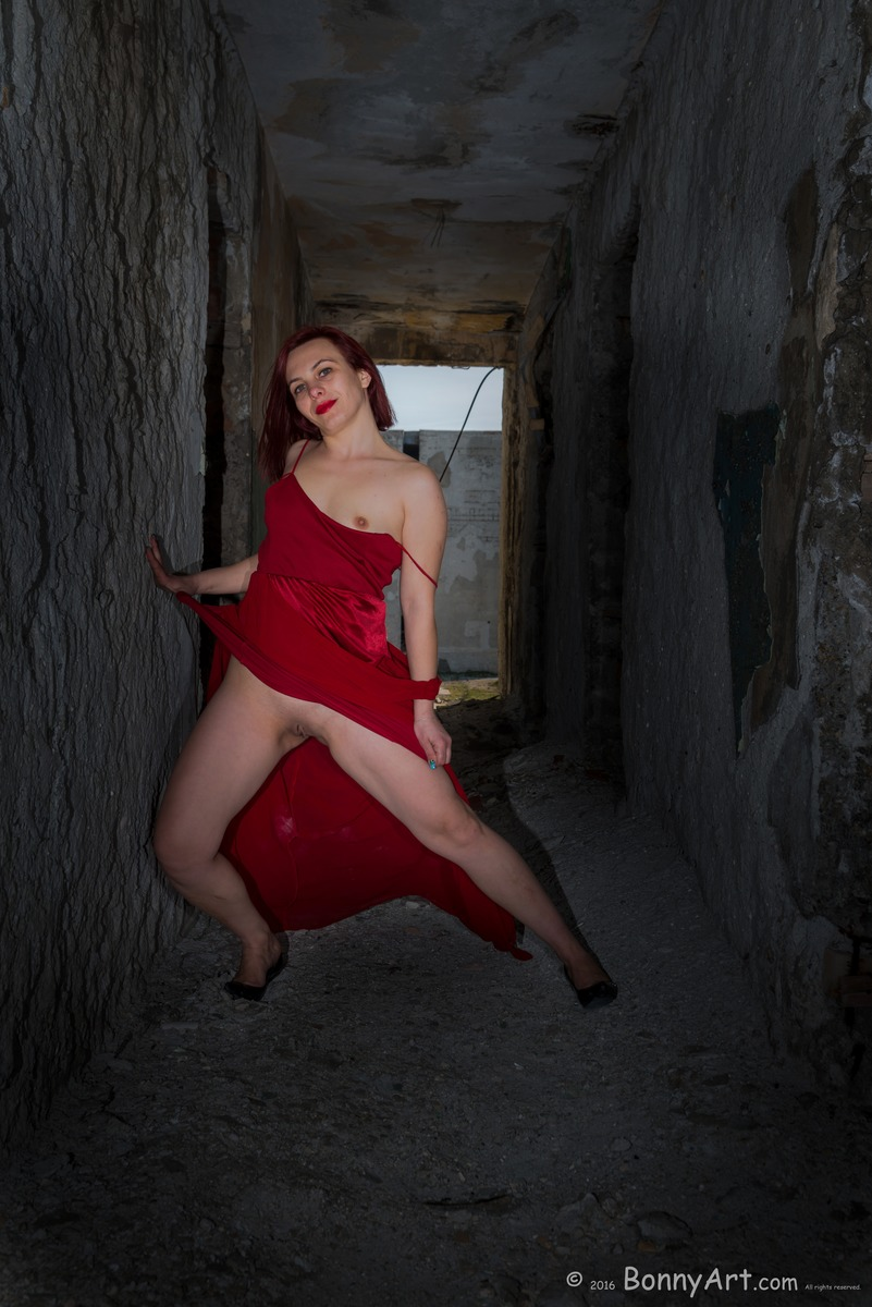 Flashing Pussy and Breast in a Ruined Hallway