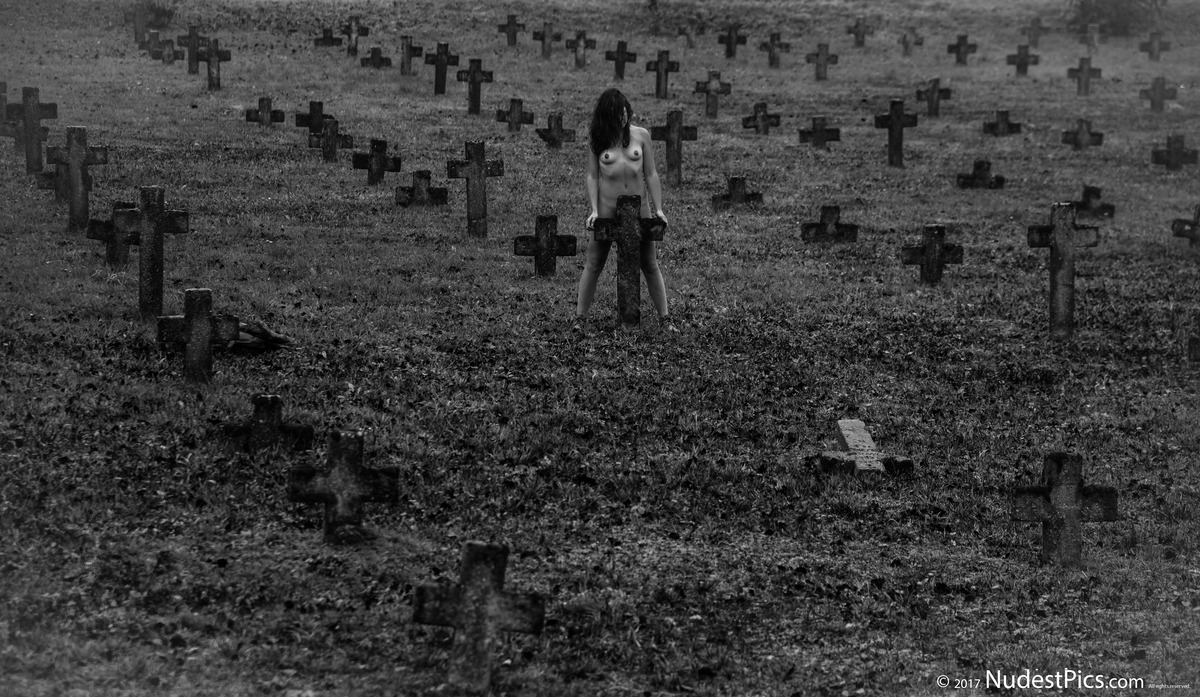 Nude Zombie Girl in the Graveyard