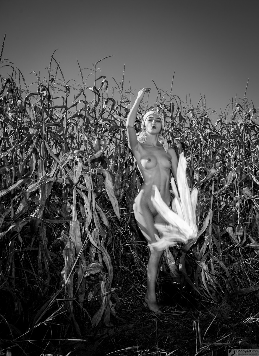 Nude Teen Farmer Girl Harvesting Corn
